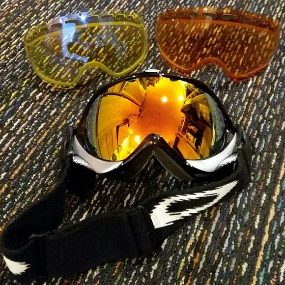 d48e3383ef Oakley Ski Goggles. M 5a7b09d1a6e3eace3fb65d5b